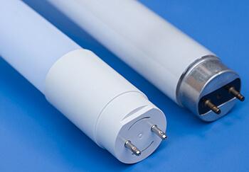 LED-Röhre und Leuchtstoffröhre im Vergleich